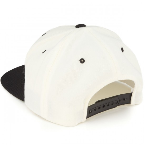 Thieves Classic Two Hat - Natural/Black