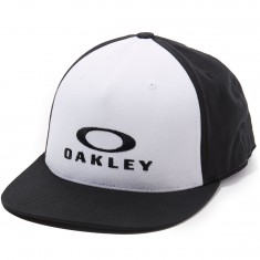 Oakley Sliver 110 Flexfit Hat - White