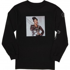 Chocolate La Reina Longsleeve T-Shirt - Black