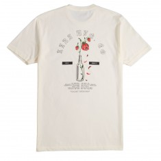 Lira Rose Bottle T-Shirt - Vintage White